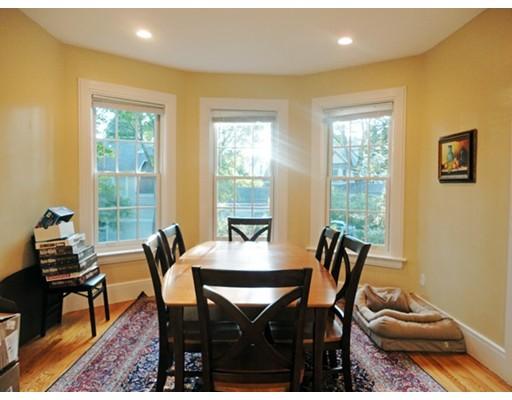 Apartamento por un Alquiler en 197 walnut street #2 197 walnut street #2 Newton, Massachusetts 02460 Estados Unidos