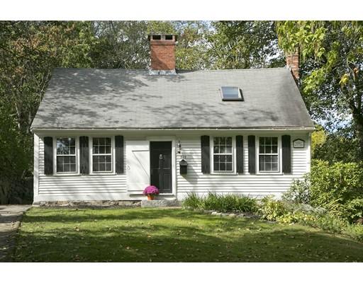 独户住宅 为 销售 在 303 North Street 303 North Street 欣厄姆, 马萨诸塞州 02043 美国