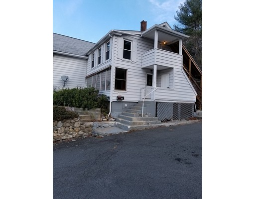 شقة للـ Rent في 626 Cottage St #2 626 Cottage St #2 Athol, Massachusetts 01331 United States