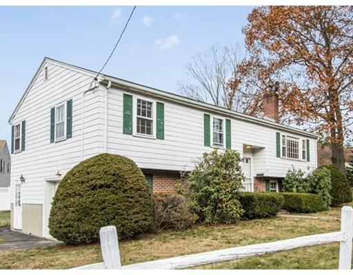 Maison unifamiliale pour l Vente à 18 East Street 18 East Street Stoneham, Massachusetts 02180 États-Unis
