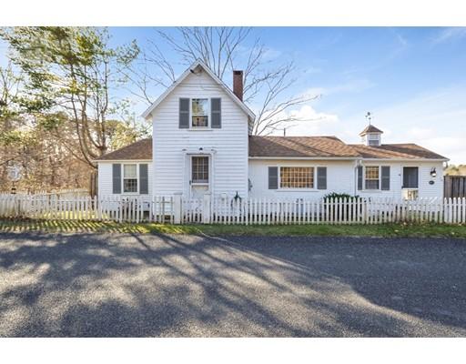 Casa Unifamiliar por un Venta en 45 Freezer Road 45 Freezer Road Barnstable, Massachusetts 02630 Estados Unidos