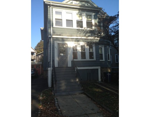 Single Family Home for Rent at 307 Alewife Brook Pkwy Somerville, 02144 United States