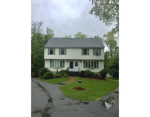 Single Family Home for Rent at 3 Crestwood Drive 3 Crestwood Drive Northborough, Massachusetts 01532 United States