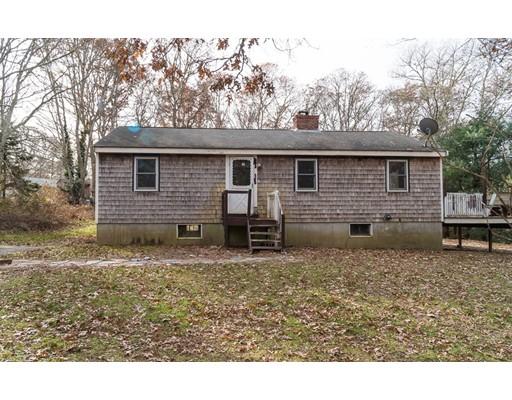 Частный односемейный дом для того Продажа на 593 River Road 593 River Road Barnstable, Массачусетс 02648 Соединенные Штаты