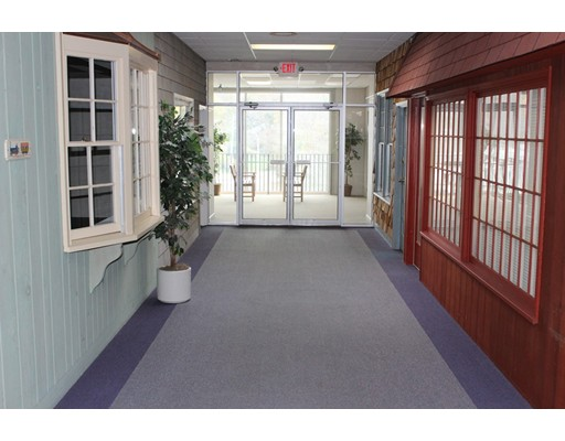 Commercial for Rent at Whistlestop Mall Whistlestop Mall Rockport, Massachusetts 01966 United States
