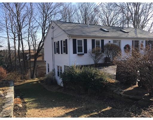 Maison unifamiliale pour l Vente à 12 High Street 12 High Street Grafton, Massachusetts 01536 États-Unis