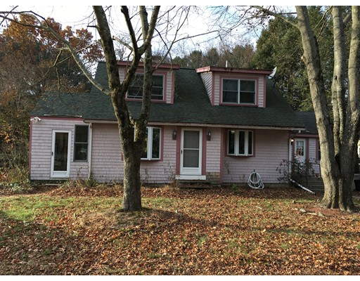 Single Family Home for Sale at 464 Old Marlboro Road 464 Old Marlboro Road Concord, Massachusetts 01742 United States