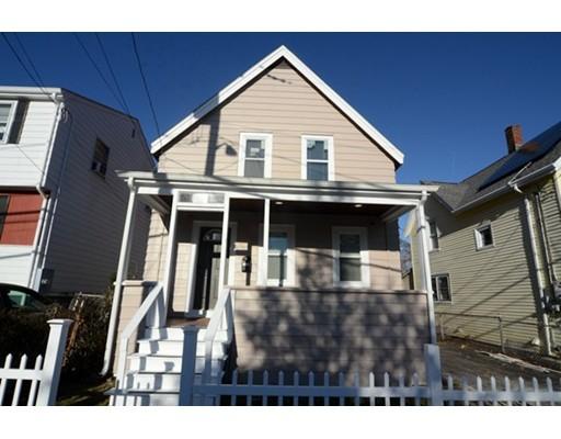 Maison unifamiliale pour l Vente à 19 Arlington Street 19 Arlington Street Everett, Massachusetts 02149 États-Unis