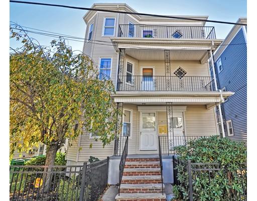 Многосемейный дом для того Продажа на 39 Lambert Street 39 Lambert Street Medford, Массачусетс 02155 Соединенные Штаты