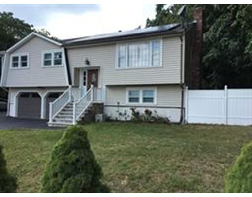 Single Family Home for Rent at 656 Farm Road 656 Farm Road Marlborough, Massachusetts 01752 United States