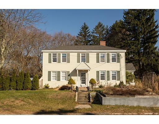 Single Family Home for Sale at 4 Winter Street 4 Winter Street Wrentham, Massachusetts 02093 United States