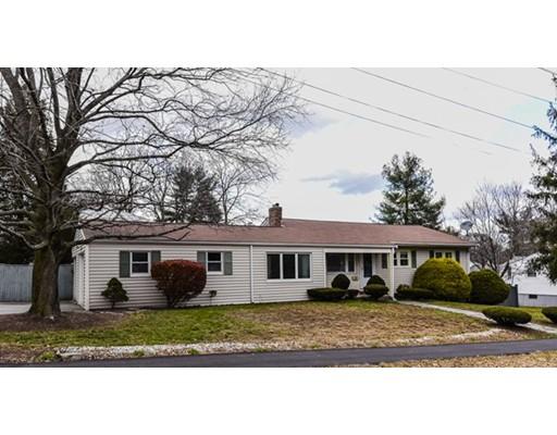 Частный односемейный дом для того Продажа на 28 Kenwood Drive 28 Kenwood Drive Norwood, Массачусетс 02062 Соединенные Штаты