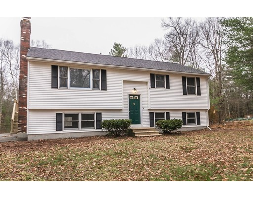 واحد منزل الأسرة للـ Sale في 96 Long Hill Road 96 Long Hill Road Brookfield, Massachusetts 01506 United States