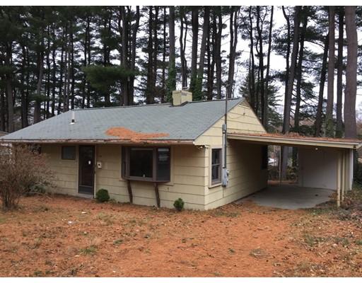 Maison unifamiliale pour l Vente à 46 Chubb Road 46 Chubb Road Framingham, Massachusetts 01701 États-Unis