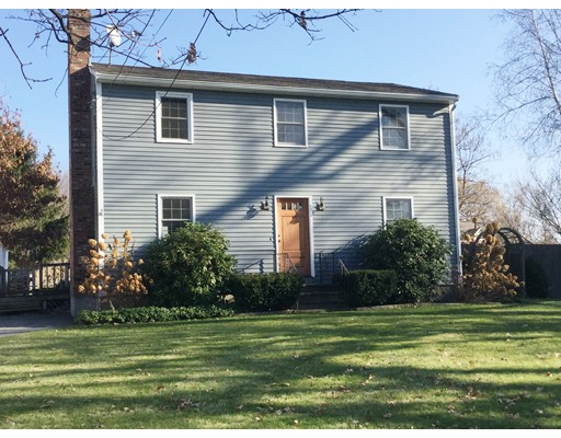 Casa Unifamiliar por un Venta en 31 Groton School Road 31 Groton School Road Ayer, Massachusetts 01432 Estados Unidos