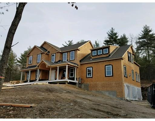 واحد منزل الأسرة للـ Sale في 113 Harvard Avenue 113 Harvard Avenue Auburn, New Hampshire 03032 United States