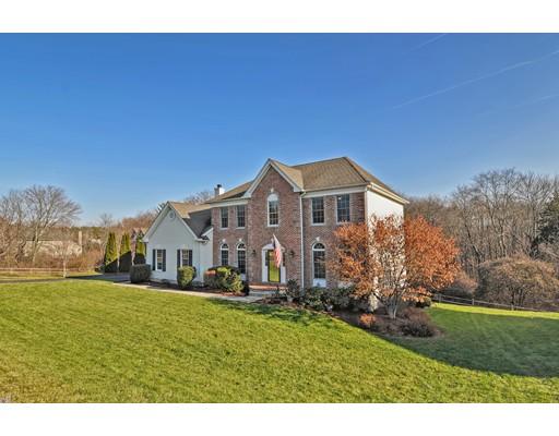 واحد منزل الأسرة للـ Sale في 35 Whitehall Way 35 Whitehall Way Bellingham, Massachusetts 02019 United States