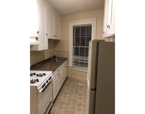 Частный односемейный дом для того Аренда на 271 Broadway 271 Broadway Methuen, Массачусетс 01844 Соединенные Штаты