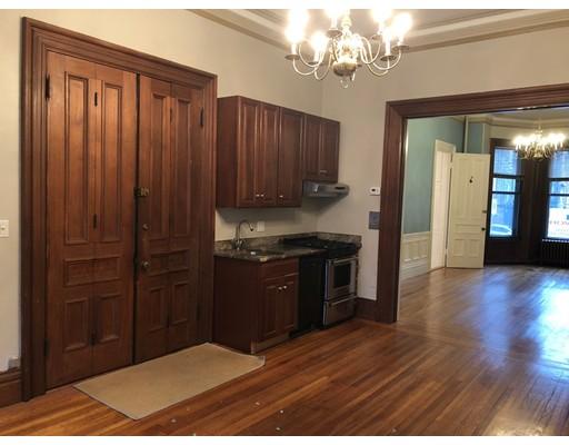 独户住宅 为 出租 在 31 Fairfield Street 波士顿, 02116 美国