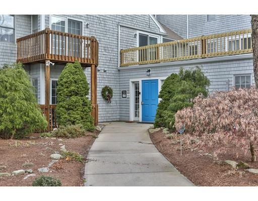 Appartement en copropriété pour l Vente à 26 Pleasant Lake Avenue 26 Pleasant Lake Avenue Harwich, Massachusetts 02645 États-Unis