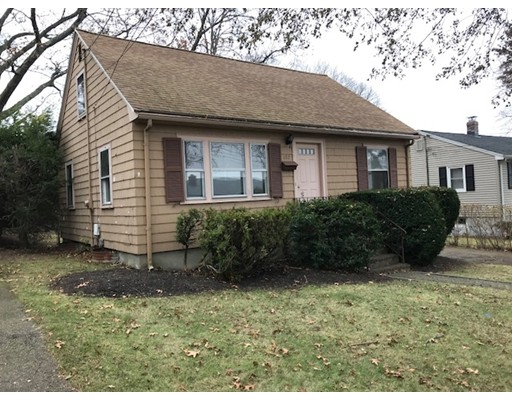 Single Family Home for Sale at 107 Hemlock Street 107 Hemlock Street Arlington, Massachusetts 02474 United States