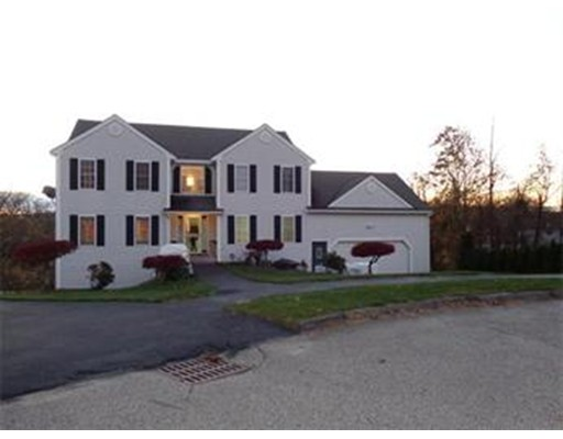 واحد منزل الأسرة للـ Rent في 4 Allison Circle 4 Allison Circle Worcester, Massachusetts 01606 United States