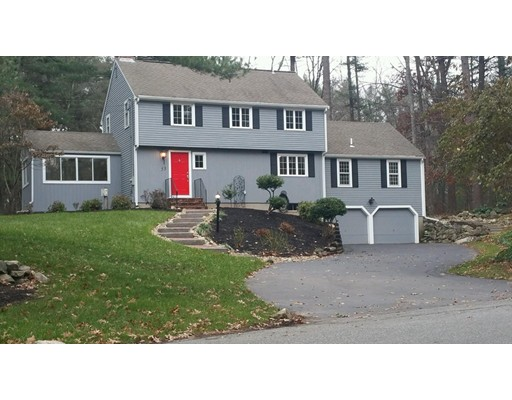 Picture 2 of 53 Winding Oaks Way  Boxford Ma 3 Bedroom Single Family