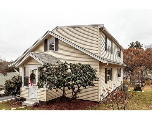 Частный односемейный дом для того Продажа на 8 Fellsmere Avenue 8 Fellsmere Avenue Wakefield, Массачусетс 01880 Соединенные Штаты