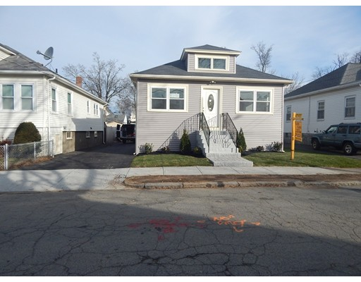 Picture 2 of 32 Ellerton Rd  Quincy Ma 3 Bedroom Single Family