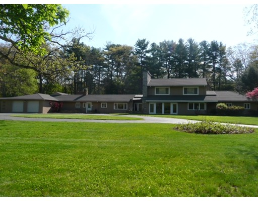 Single Family Home for Sale at 3 Greystone Road 3 Greystone Road Dover, Massachusetts 02030 United States