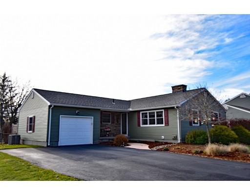 Maison unifamiliale pour l Vente à 6 Dragon Circle 6 Dragon Circle Easthampton, Massachusetts 01027 États-Unis
