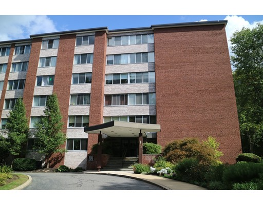 Condominium for Sale at 22 Chestnut Place 22 Chestnut Place Brookline, Massachusetts 02445 United States