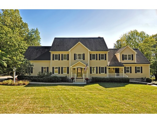 Single Family Home for Sale at 139 Highland Street 139 Highland Street Townsend, Massachusetts 01469 United States