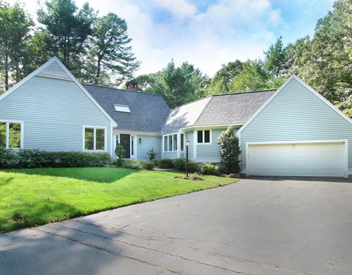Picture 3 of 15 Oak Meadow Rd  Lincoln Ma 3 Bedroom Single Family
