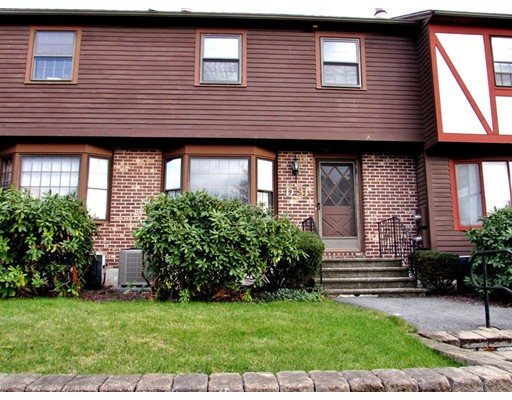 Picture 4 of D31 Scotty Hollow Dr Unit D31 Chelmsford Ma 2 Bedroom Condo