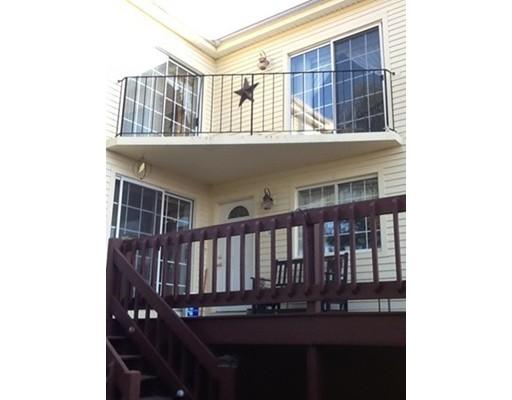 Appartement en copropriété pour l Vente à 34 Country Club Lane 34 Country Club Lane Milford, Massachusetts 01757 États-Unis