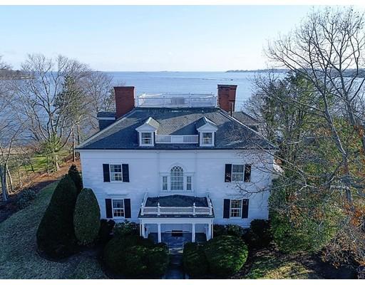 Частный односемейный дом для того Продажа на 91 Lothrop Street 91 Lothrop Street Beverly, Массачусетс 01915 Соединенные Штаты