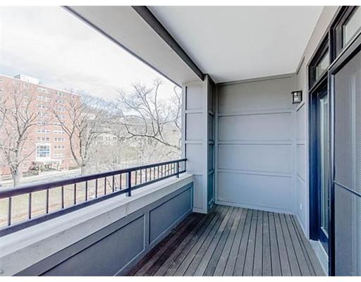 共管式独立产权公寓 为 出租 在 1601 Beacon #301 1601 Beacon #301 布鲁克莱恩, 马萨诸塞州 02446 美国