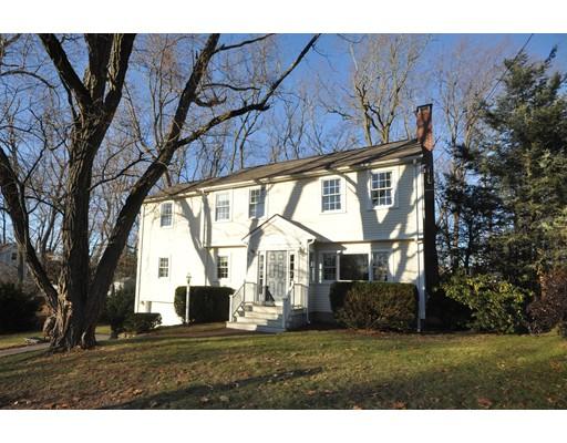 独户住宅 为 销售 在 18 Eastern Avenue 18 Eastern Avenue Lexington, 马萨诸塞州 02421 美国