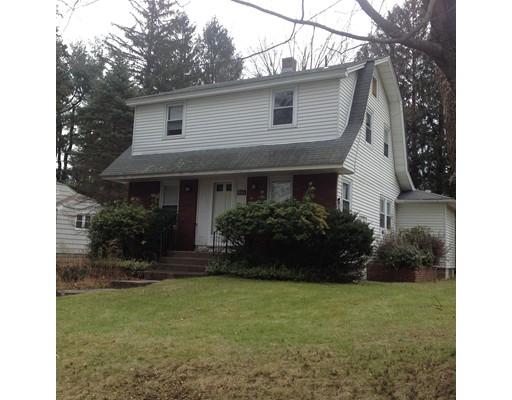 Casa Unifamiliar por un Alquiler en 48 Ridgeway Westfield, Massachusetts 01085 Estados Unidos