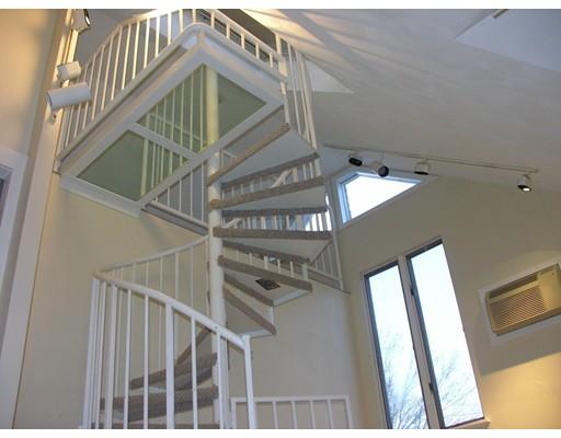 Casa Unifamiliar por un Alquiler en 12 Walnut Street 12 Walnut Street Framingham, Massachusetts 01721 Estados Unidos