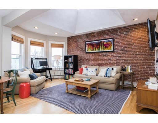 Condominio por un Venta en 256 Hampshire Street 256 Hampshire Street Cambridge, Massachusetts 02139 Estados Unidos
