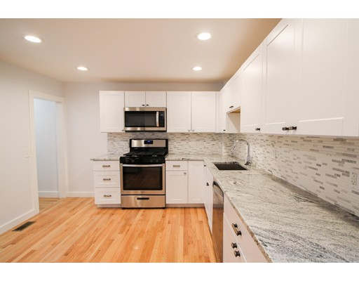 Picture 6 of 9 Tracey St  Peabody Ma 3 Bedroom Single Family