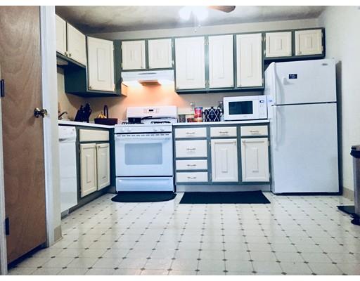 Picture 4 of 5 Karen Circle Unit 13 Billerica Ma 2 Bedroom Condo
