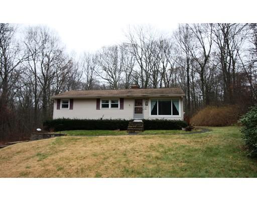 Single Family Home for Sale at 211 Boston Road 211 Boston Road Sutton, Massachusetts 01590 United States