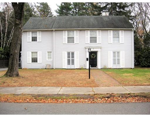 Casa Unifamiliar por un Alquiler en 10 Lawrence Street 10 Lawrence Street Winchester, Massachusetts 01890 Estados Unidos