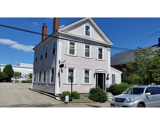 Частный односемейный дом для того Аренда на 18 Titcomb Street 18 Titcomb Street Newburyport, Массачусетс 01950 Соединенные Штаты