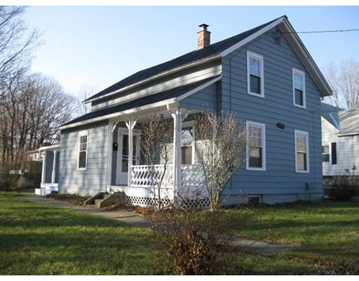 واحد منزل الأسرة للـ Sale في 37 Elm Street 37 Elm Street Dalton, Massachusetts 01226 United States