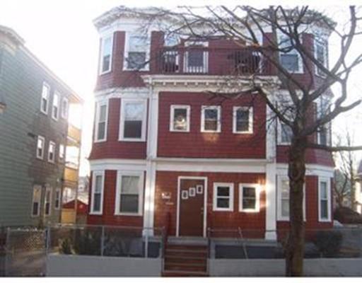 Maison avec plusieurs logements pour l Vente à 4 Thane Street 4 Thane Street Boston, Massachusetts 02124 États-Unis
