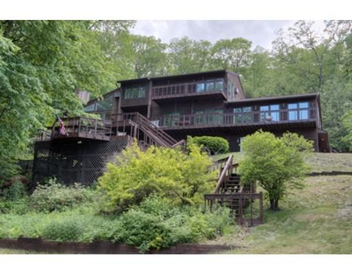 Частный односемейный дом для того Продажа на 20 Old Stagecoach Drive 20 Old Stagecoach Drive Monson, Массачусетс 01057 Соединенные Штаты